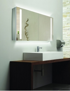 Esbano ES-2406 Зеркальный шкаф с led подсветкой, розеткой и ИК-включателем