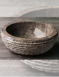 Natural Stone 40 Grey Раковина из серого мрамора с колотым краем