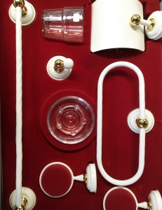 Cromados Modernos S.L. Arcoroc Комплект аксессуаров для ванной, Белый с Золотом